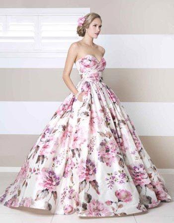 vestidos-de-noiva-coloridos-estampado-com-rosas