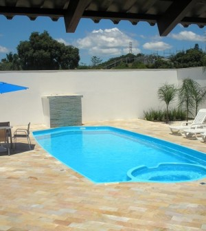 8 modelos de piscinas de fibra