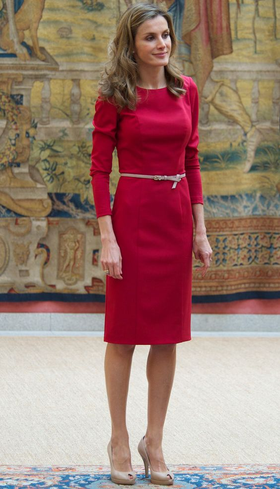 vestido evangélico vermelho