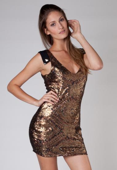 vestidos-dourados-curtos-brilho