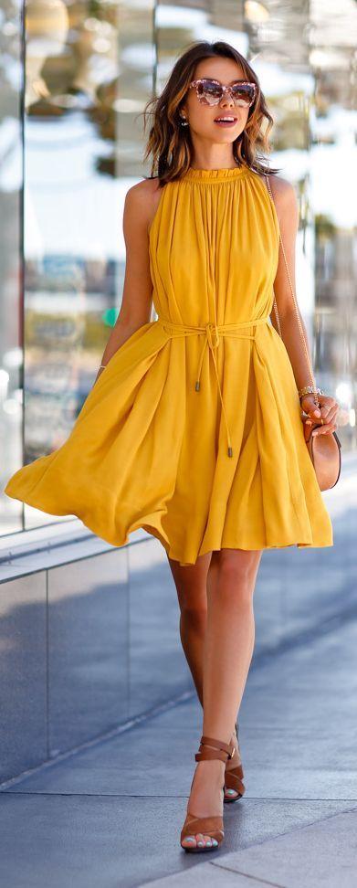 vestidos-primavera-2017-amarelo