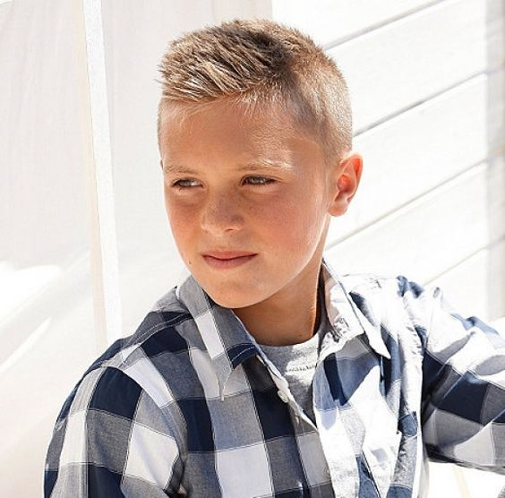 Cortes de cabelo infantil curto