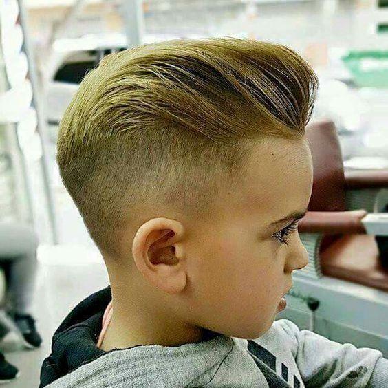 Cortes de cabelo infantil para meninos com moicano