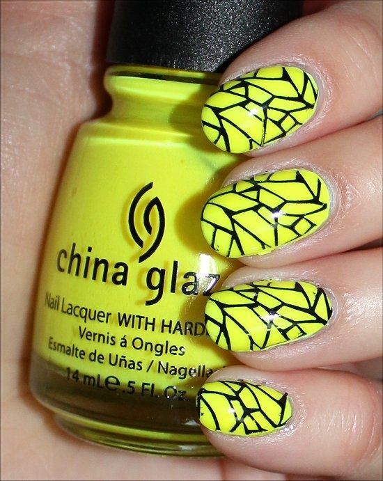unhas decoradas amarelas fluorescente