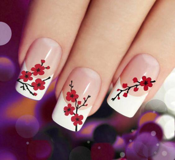 unhas decoradas com flores simples