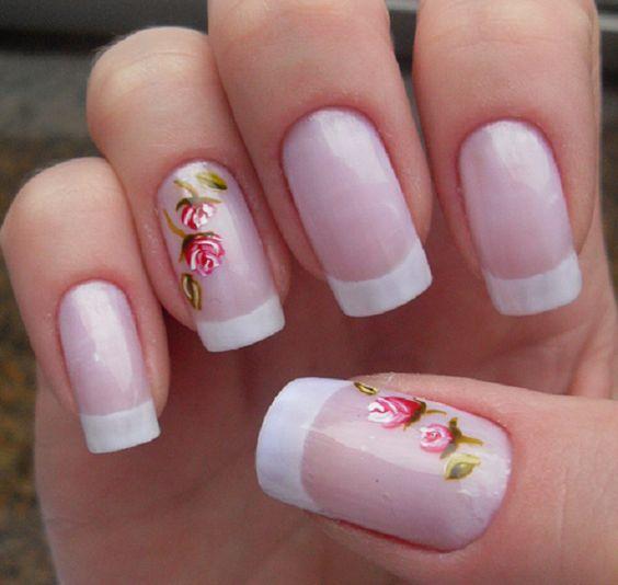 unhas decoradas com flores perfeitas