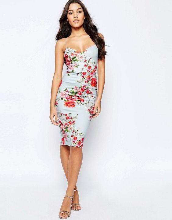 vestidos colados florais