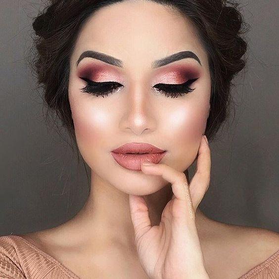 sugestões de maquiagem metalizada