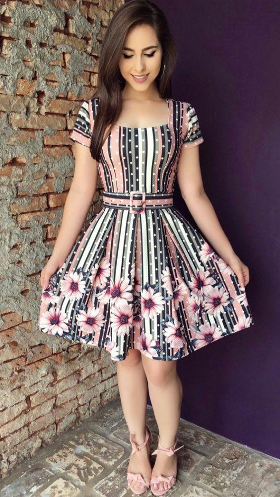 vestido colorido moda evangélica 2019